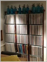 Customer Picture - QUADRA LP Record storage shelving unit walnut wood - Art. 6123