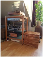 Customer Picture - QUADRA Hi-fi Rack cherry wood with glass panes - Art. 6155