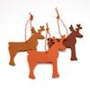Weihnachtliche Filzanhänger in verschiedenen Motiven und intensiven Farben