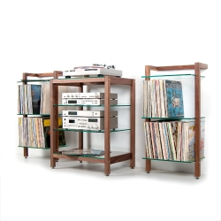 hifi rack quadra aus massivholz nussbaum mit glasb den. Black Bedroom Furniture Sets. Home Design Ideas