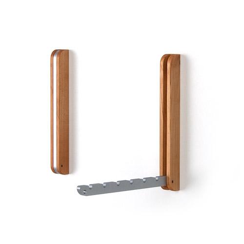 Klappbarer Holz Wandhaken oder Kleiderhaken Kirschbaum